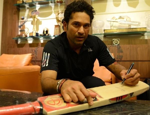 Sachin Left hand writing